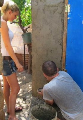 Leonie Hohnholz and Jerry Walsh, working on our new latrine